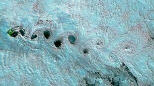 Wiry i spirale. Niezwykłe kształty na zdjęciach z kosmosu