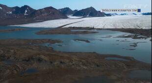 Kraina lodu topnieje. Filmowiec Kuba Witek uchwycił skalę zmian w Arktyce